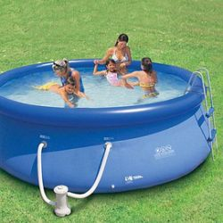 Piscine gonflable 21 pieds for Piscine 21 pieds litres